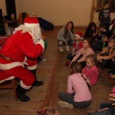 Mikołaj przyleciał do Jaśkowic Legnickich