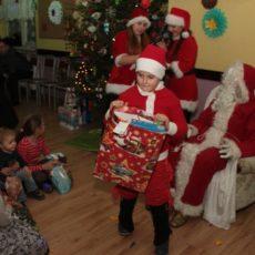 Dzieci z Miłogostowic spotkały się z Mikołajem