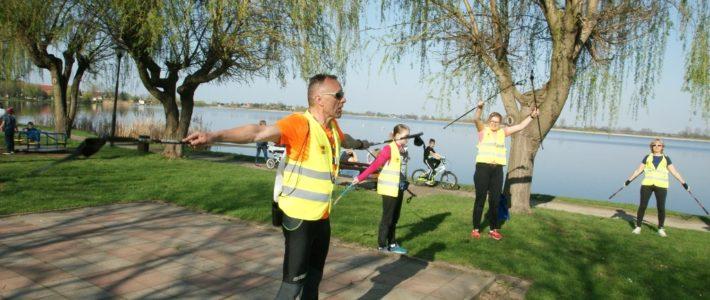 Cotygodniowe zajęcia Nordic Walking