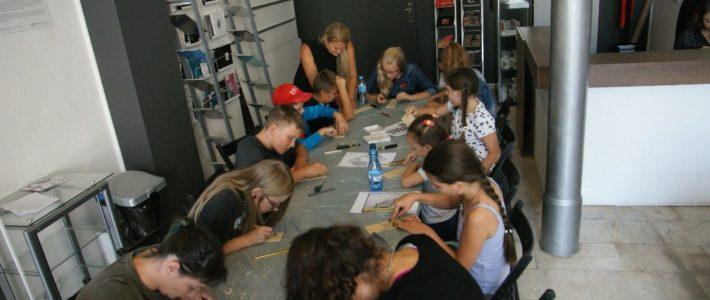 Dzieci ze Szczytnik Małych na warsztatach w Legnicy