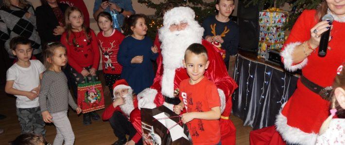 Kunice odwiedził Święty Mikołaj