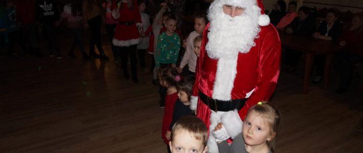 Dzieci z Jaśkowic spotkały się z Mikołajem