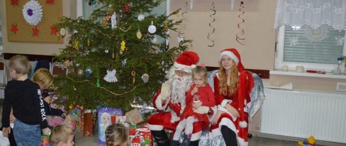 Miłogostowice odwiedził Święty Mikołaj