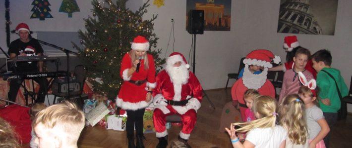 Mikołaj przyleciał do Spalonej