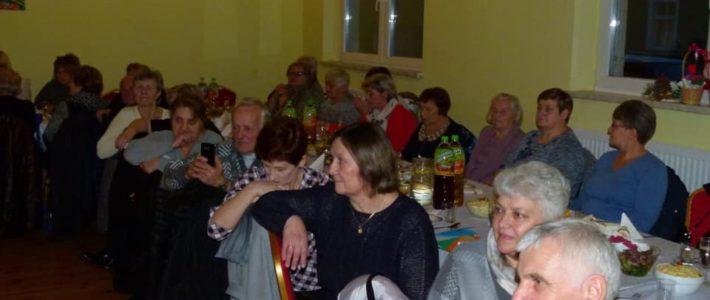 Babcie i dziadkowie świętowali w Rosochatej