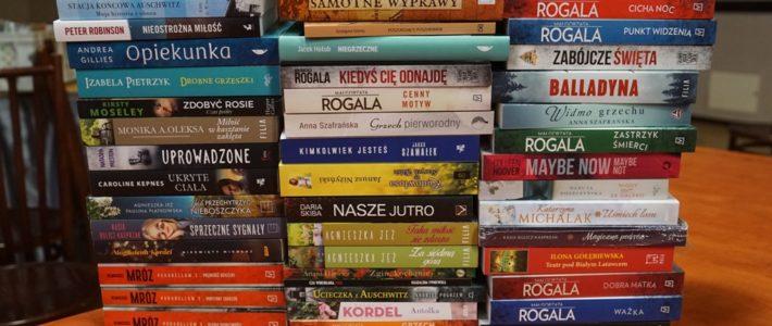 Nowe książki w bibliotece w Rosochatej