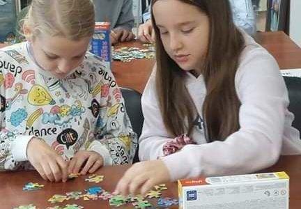 Mistrzostwa Gminy Kunice w układaniu puzzli